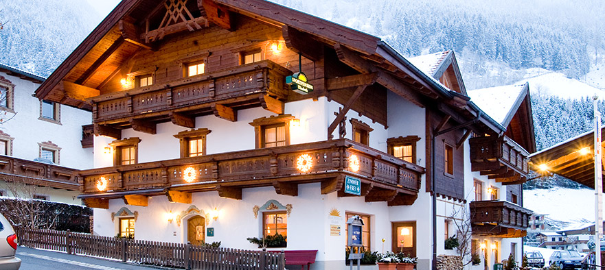 Sportpension_Elisabeth_Neustift_Stubaital_Tirol_Bed_Breakfast1-1